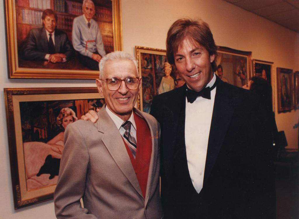 Description of . 1/15/1995- Dr. Jack Kevorkian and lawyer Geoffrey Fieger at Birmingham Bloomfield Art Association event