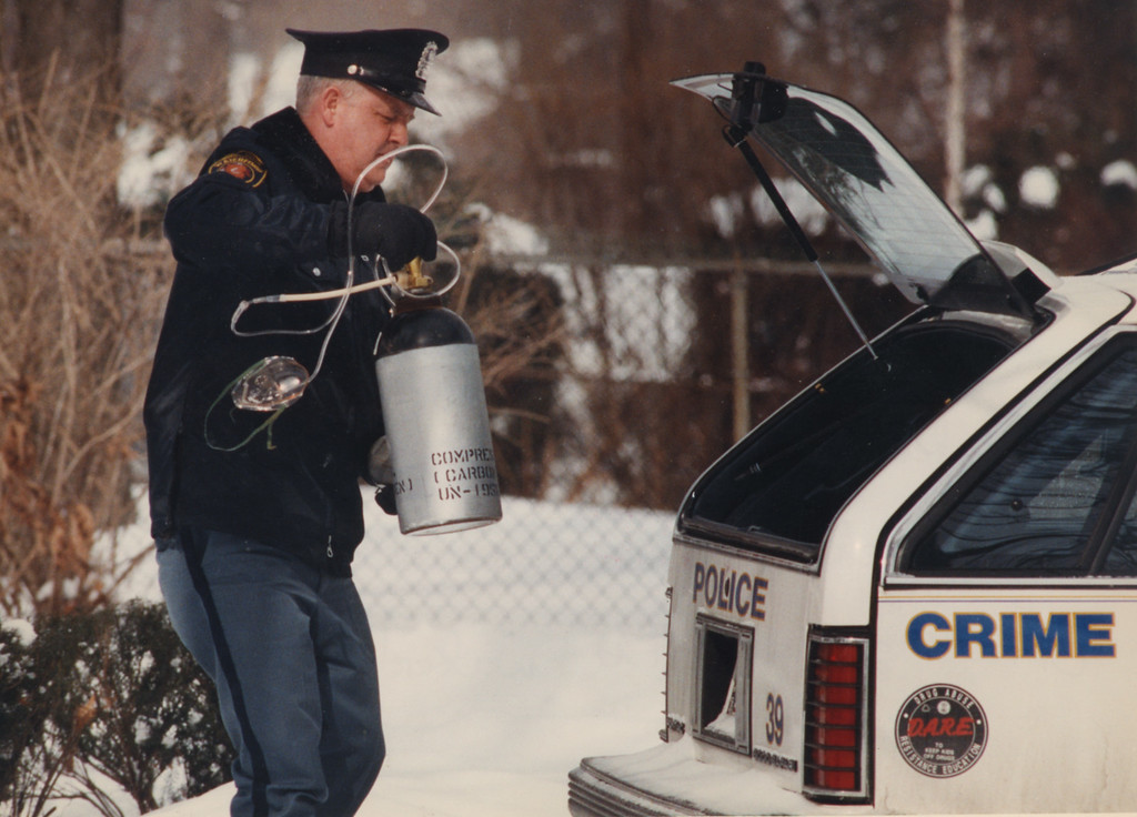 Description of . 7/18/1993- Waterford Police take away gas canister belonging to Dr. Kevorkian.