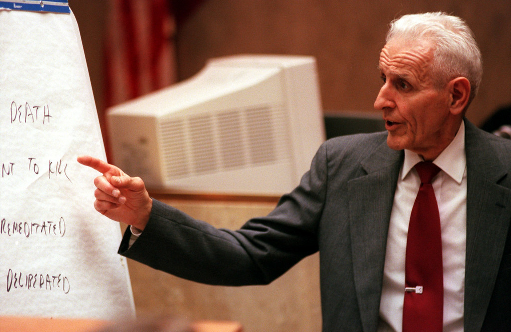 Description of . Doctor Jack Kevorkian representing himself gives his closing argument to the jurors in Oakland County Circuit, Pontiac, Michigan before Judge Jessica Cooper. Doctor Jack Kevorkian is chared with first-degree murder for the lethal injection death of Thomas Youk.
