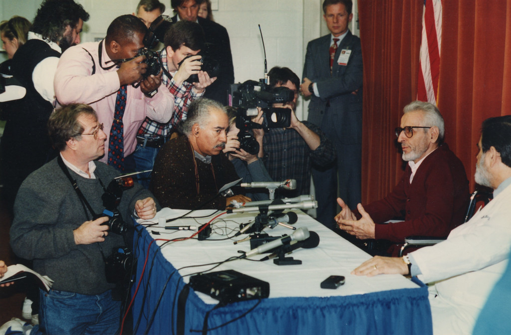 Description of . 12/21/1993- Dr. Kevorkian giving a press conference at Sinai Hospital.