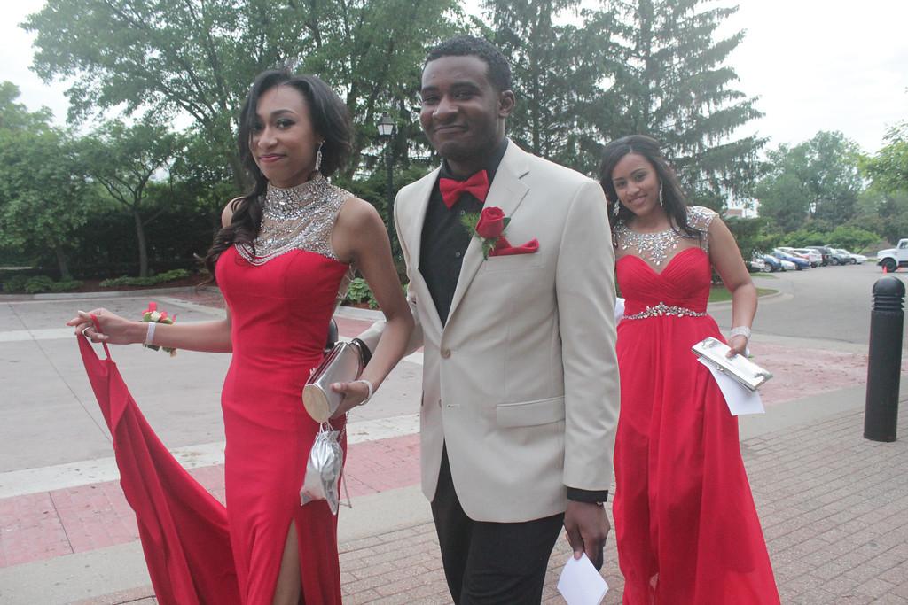 Description of . Students arrive at North Farmington High School's prom at Dearborn Inn. Erin Hampton - Special to The Oakland Press