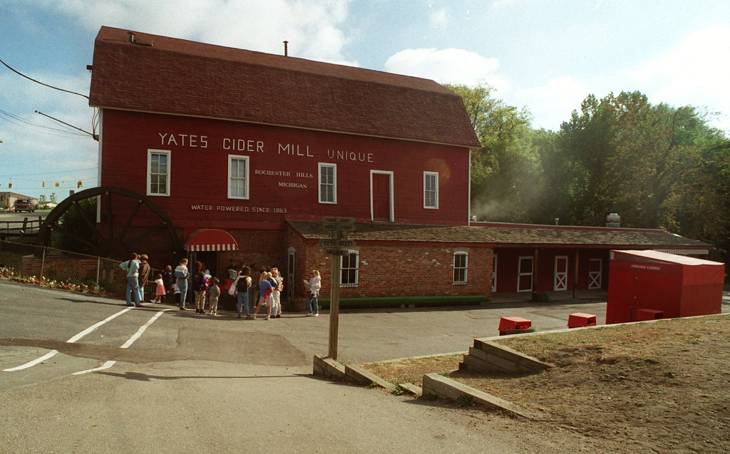 Description of . Yates Cider Mill in Rochester Hills.