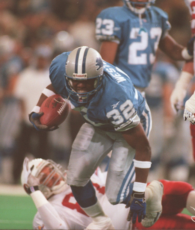 . Lions cornerback Bryant Westbrook running with a 2nd quarter interception. The Arizonia Cardinals beat the Detroit Lions 17-15 in the Pontiac Silverdome.