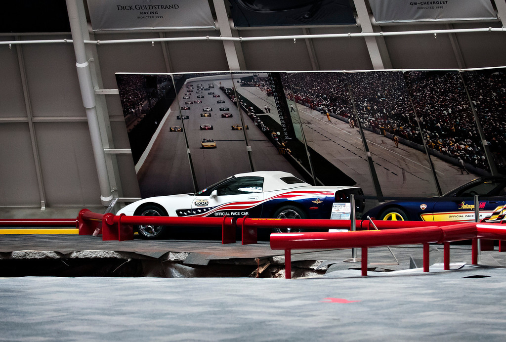 Description of . A sinkhole opened up in the dome showroom, Wednesday, Feb. 12, 2014, in Bowling Green, Ky.m at the National Corvette Museum swallowing eight car. (AP Photo/Miranda Pederson, Daily News)
