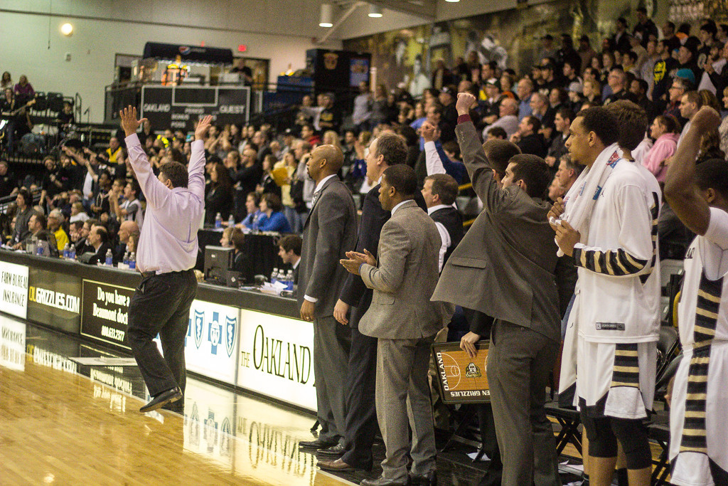 Description of . Oakland University defeated Valparaiso 75-70. Photo by Dylan Dulberg/The Oakland Press
