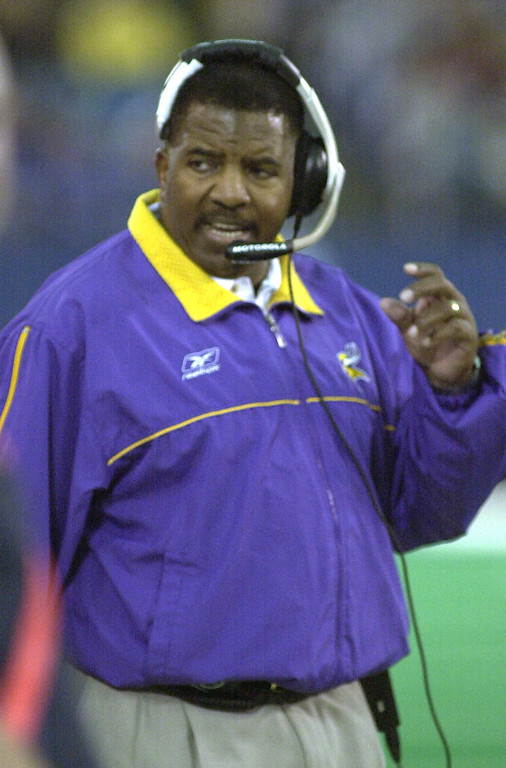. Minnesota Vikings head coach Dennis Green watches as his team loses to the Detroit the Lions 27-24  at the Pontiac Silverdome Sunday December 16, 2001.