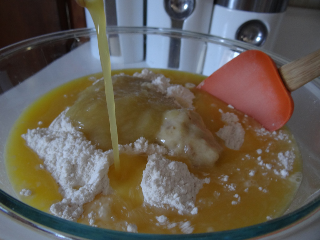 Description of . Pour entire cup of 100 percent Florida Orange Juice into your mixture and mix all ingredients together. Love the OJ and banana!