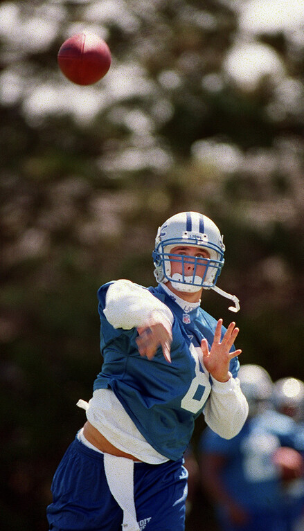 . Detroit Lions quarterback Mike McMahon (#8) practices passing drills during the Lions morning session of mini camp, Friday, April 27, 2001, at the Lions practice facility in Pontiac, Mich.