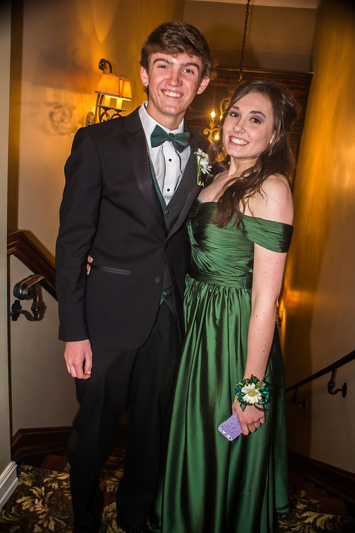 . Everest Collegiate High School Prom 2014 - It\'s A Matter of Taste 5/02/2014.  Photos by Dylan Dulberg//Special to The Oakland Press