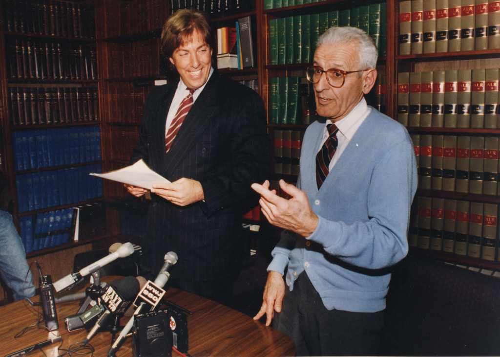 . 2/9/1996- Attorney Geoffrey Fieger and Dr. Jack Kevorkian wrap up the press conference announcing Kevorkian\'s $10 million dollar lawsuit against the American Medical Association.