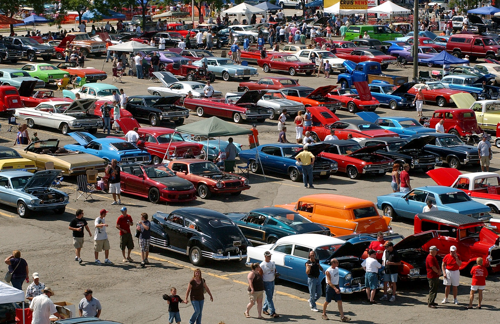 . Some classic cars are parked in Lot 9, in downtown Pontiac during the annual Dream Cruise.  Photo taken on Saturday, August 16, 2008, in Pontiac, Mich.  (The Oakland Press/Jose Juarez)
