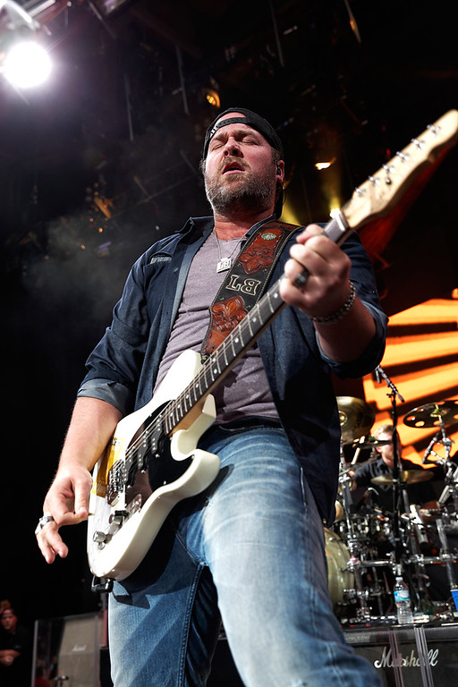 . Lee Brice warms up the crowd before Luke Bryan performs on June 18, 2014, at DTE Energy Music Theatre. Photo by Ken Settle