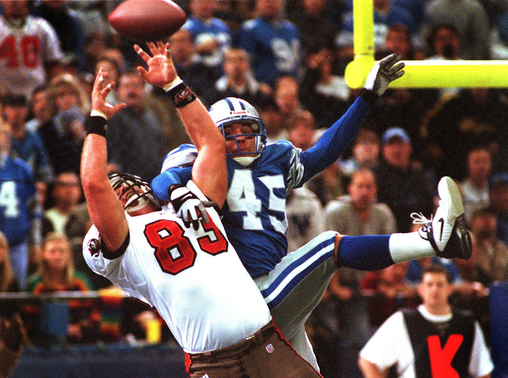 . Tampa Bay tight end#83 Dave Moore has a pass broken up by Detroit\'s Kurt Schulz. The Tampa Bay Buccaneers beat the Detroit Lions 20-17 at the Pontiac Silverdome.
