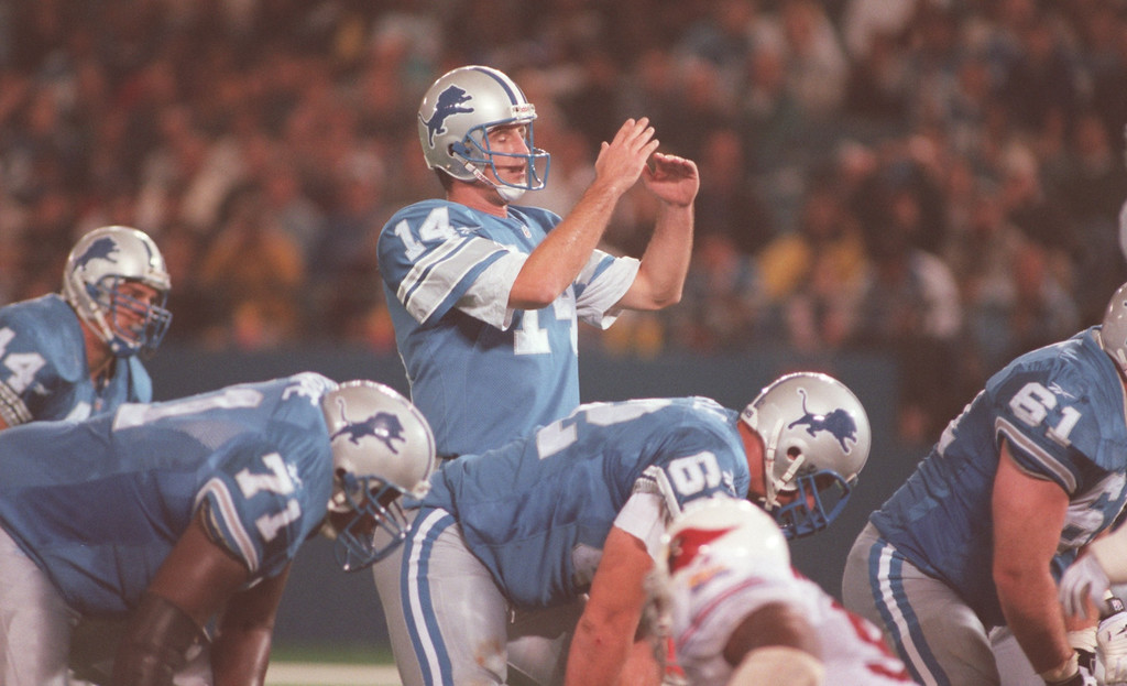 . Detroit Lions quarterback Frank Reich (#14) calls the team\'s final timeout in the fourth quarter against the Arizona Cardinals at the Pontiac Silverdome.