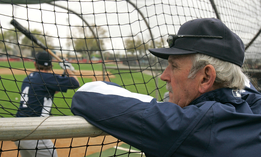 . Detroit Tigers manager Jim Leyland watches Adam Everett bat during spring training baseball Thursday, Feb. 19, 2009, in Lakeland, Fla. (AP Photo/Tony Dejak)