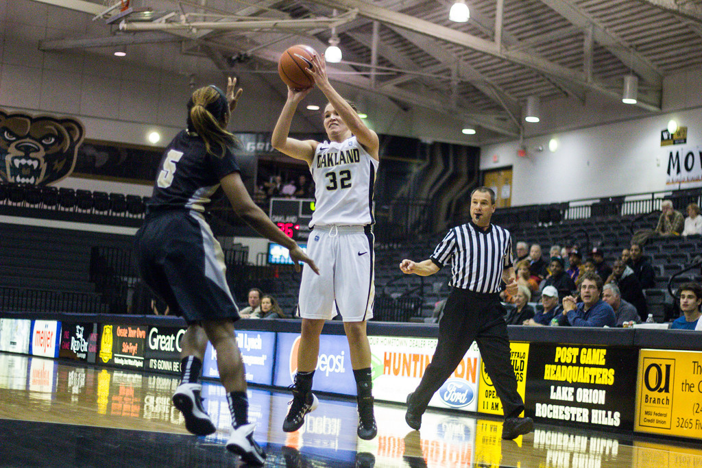 . Carlton attemps a three-point shot. Photo by Dylan Dulberg