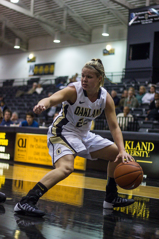. #22 Peyton Aspey dribbles the ball towards the net. Photo by Dylan Dulberg