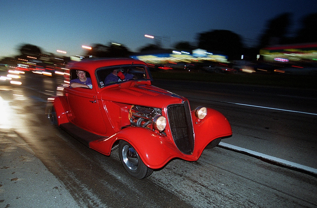 . A Dream Cruiser drives along Woodward Avenue in Royal Oak Saturday night August 19, 2000.