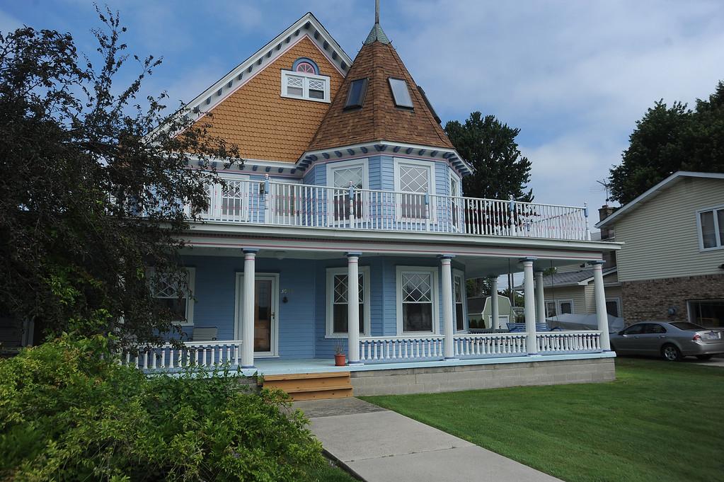 . Homes on  Harsens Island. (The Macomb Daily/DAVID DALTON)