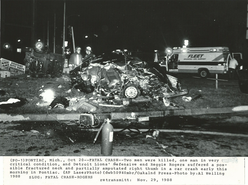 . Crash scene photo on Woodward Ave. loop October 1988. Oakland Press file photo