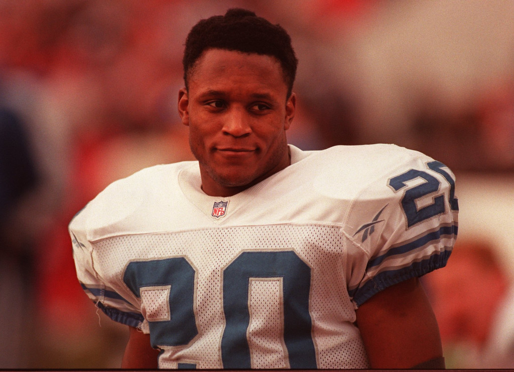 . Detroit Lion Barry Sanders in playoff game verses Tampa Bay Buccaneers. Even with a first round exit for Lions Sanders still came up with a winning season running for over 2000 yards.