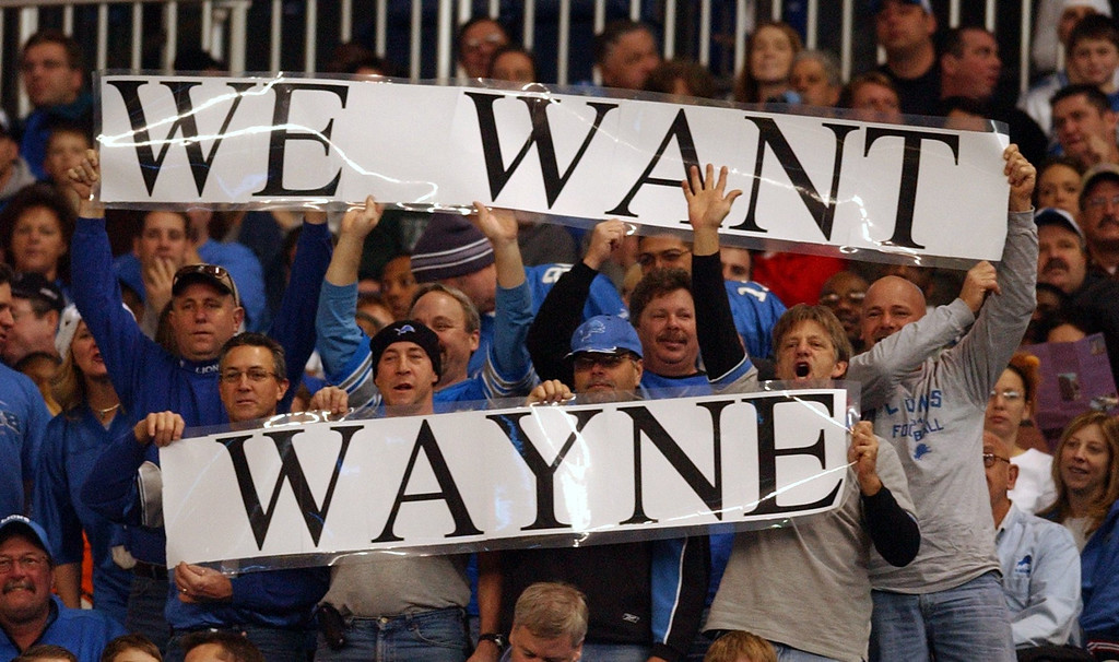 . Fans show their displeasure with the Lions in asking for Wayne Fontes during first half action between the Detroit Lions and the Minnesota Vikings at Ford Field in Detroit, Sunday December 4, 2005.