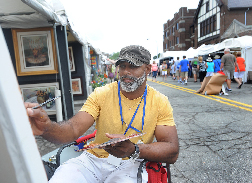 . Artist Sidney Carter of Powder Springs, GA at Arts Beats & Eats. (Daily Tribune/DAVID DALTON)
