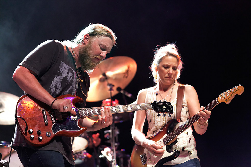 . Derek Trucks and Susan Tedeschi perform at Freedom Hill Amphitheatre on Tuesday, June 17.  Photo by Ken Settle